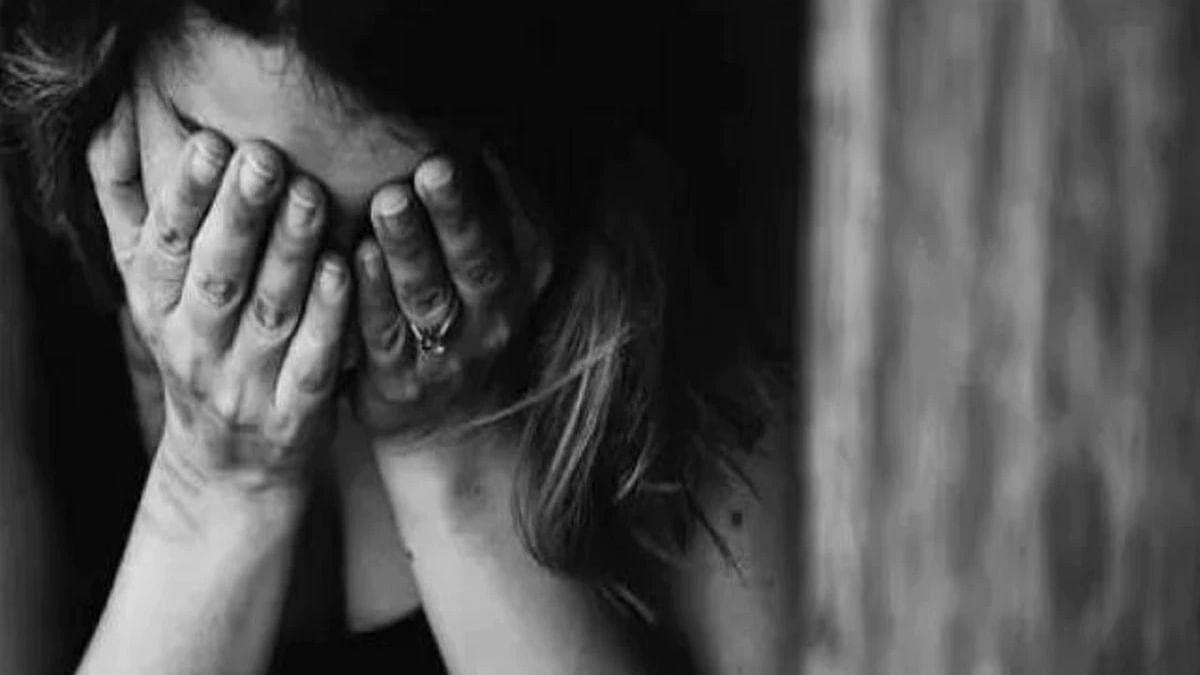 घटना एमपी नगर के लाउंज की: 27 साल की युवती के साथ डेंटिस्ट ने किया बलात्कार