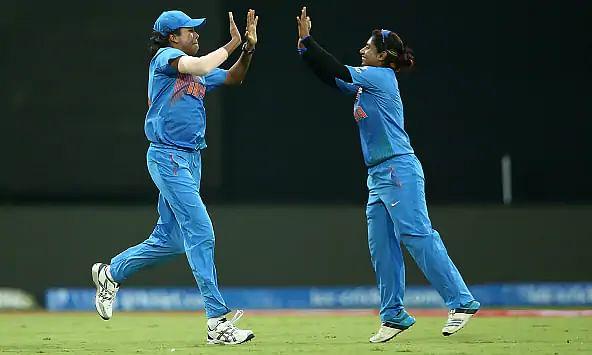भारतीय महिला क्रिकेट टीम ने दक्षिण अफ्रीका को दी करारी शिकस्त