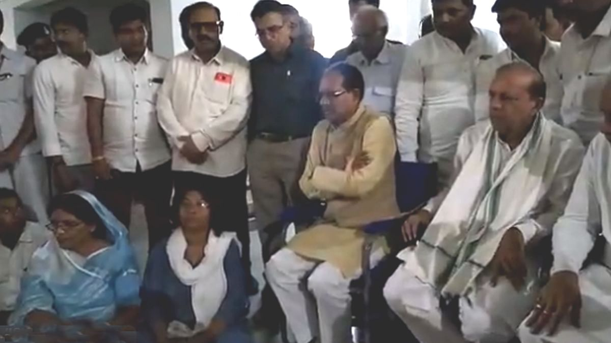 पूर्व CM ने व्यवस्था पर उठाये सवाल