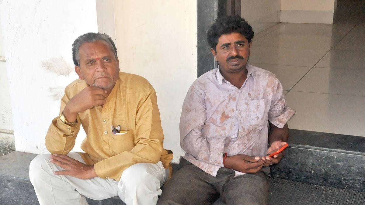 बस में बैठ रहे किसान से एक लाख रुपए की थैली छीनकर भागे बदमाश