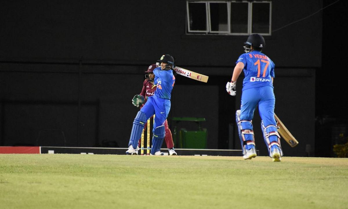 Women's T20: युवा शेफाली का दूसरा अर्धशतक, भारत की 10 विकेट से जीत