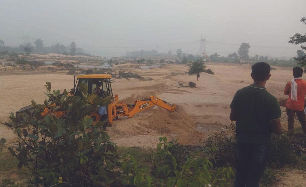 शहडोल: रेत माफिया का बनास में ताण्डव