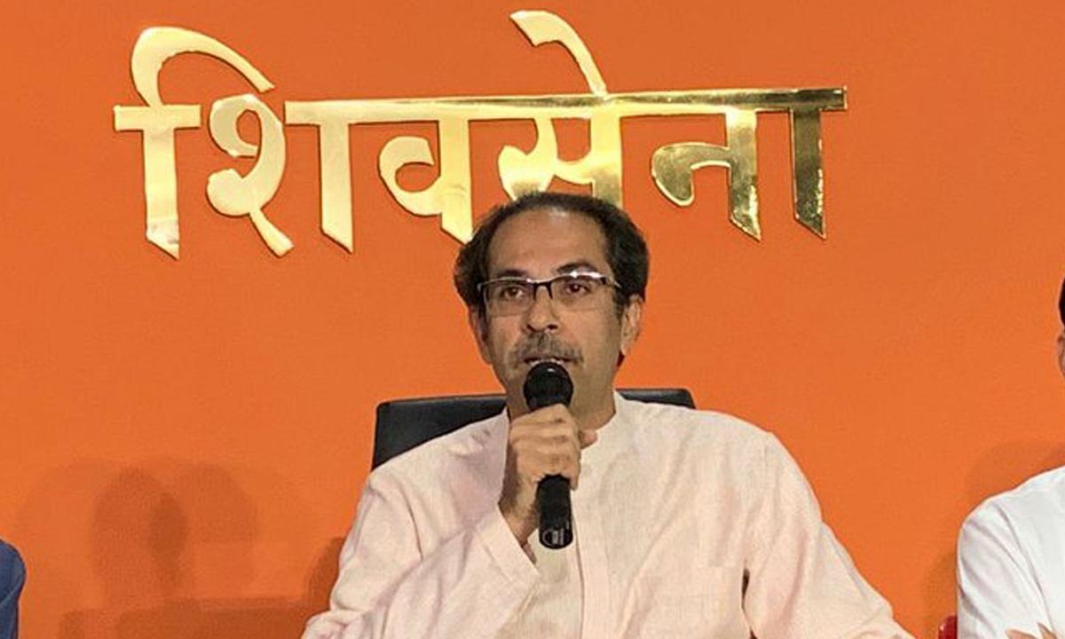 महाराष्ट्र CM ठाकरे की चेतावनी-विपक्ष उनकी सरकार गिराने की हिम्मत दिखाए