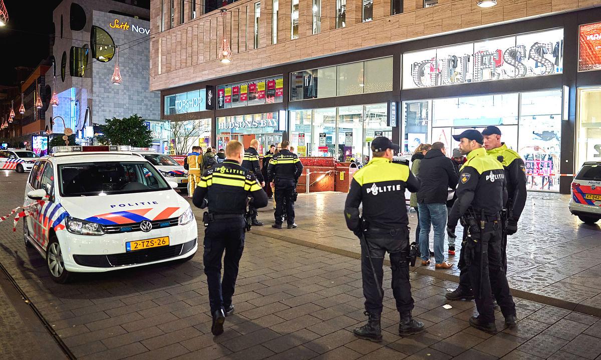 द हेग की डच सिटी में एक शॉपिंग स्ट्रीट पर हुए हमले में 3 लोग घायल