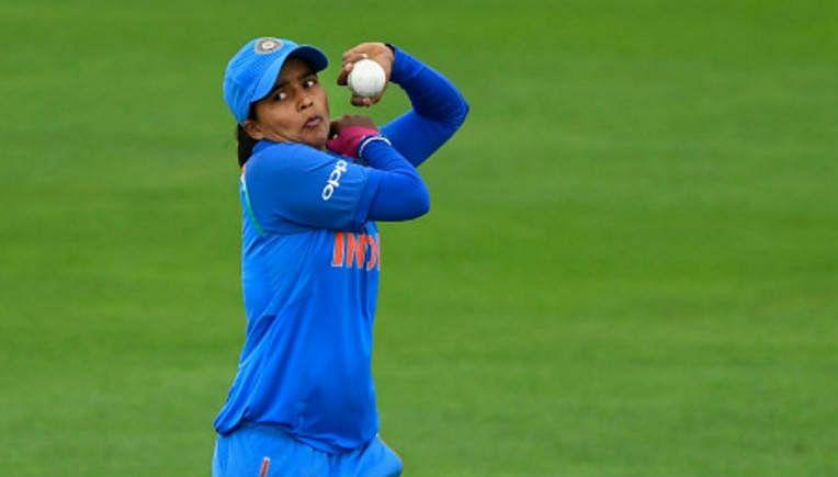 महिला क्रिकेट टीम की गेंदबाज एकता बिष्ट