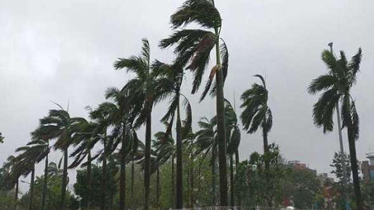 'महा' तूफान के साथ बदलेगा बारिश का रुख