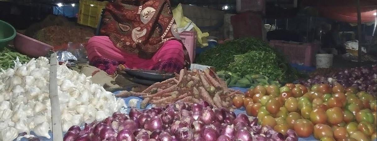 भारत में प्याज हुआ 2 डॉलर के पार