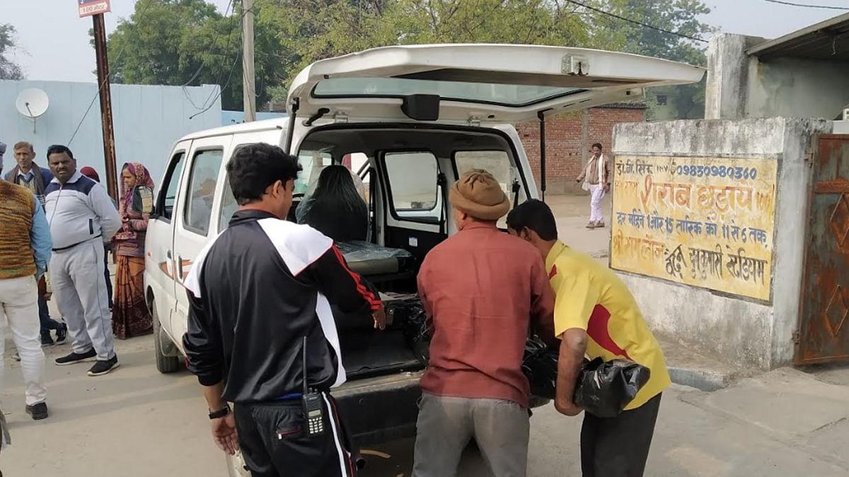 थाने में गिरफ्तार बेटे से मिलने गई महिला की हुई मौत