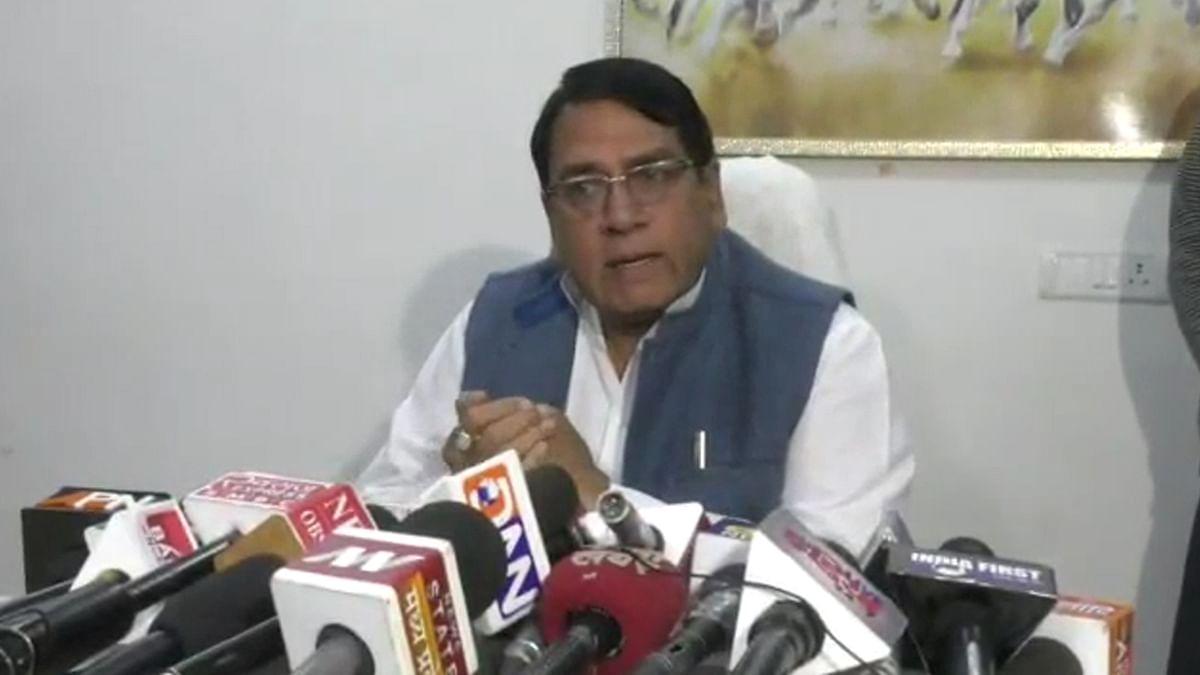 प्रदेश सरकार की अलग-अलग नीतियों पर आए जनसंपर्क मंत्री के बयान