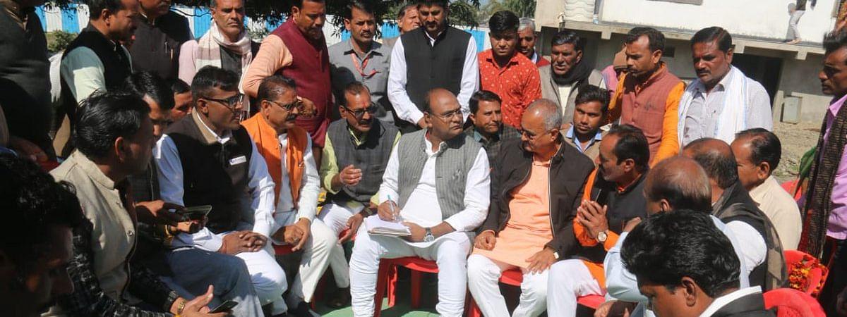 पूर्व मंत्री के नेतृत्व में भाजपा का प्रतिनिधिमंडल राजगढ़ पहुँचा