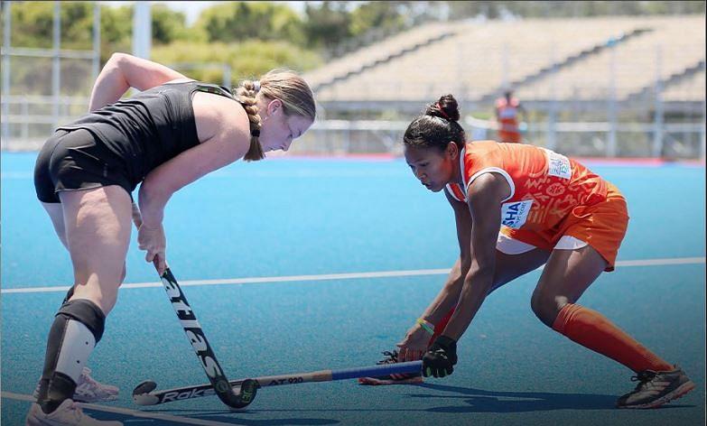 न्यूजीलैंड में क्रिकेट और हॉकी के मैदान पर कमाल करते भारतीय
