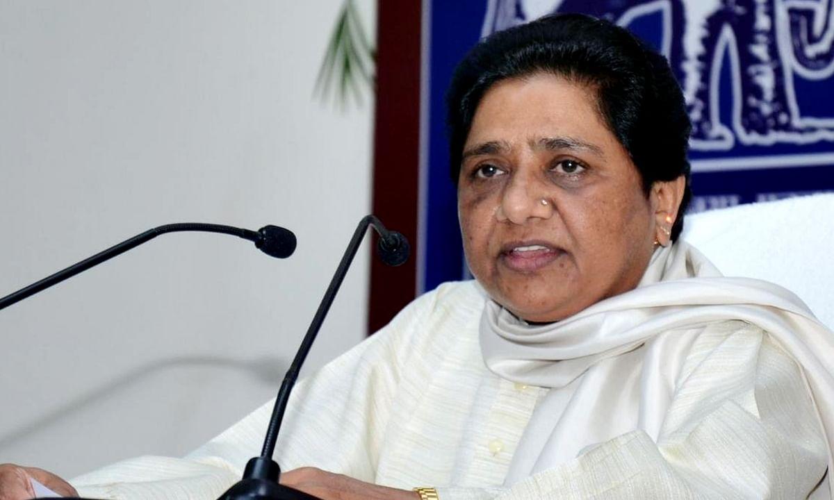 मासूमों की मौत पर गरमाई सियासत, CM गहलोत को बर्खास्त की मांग