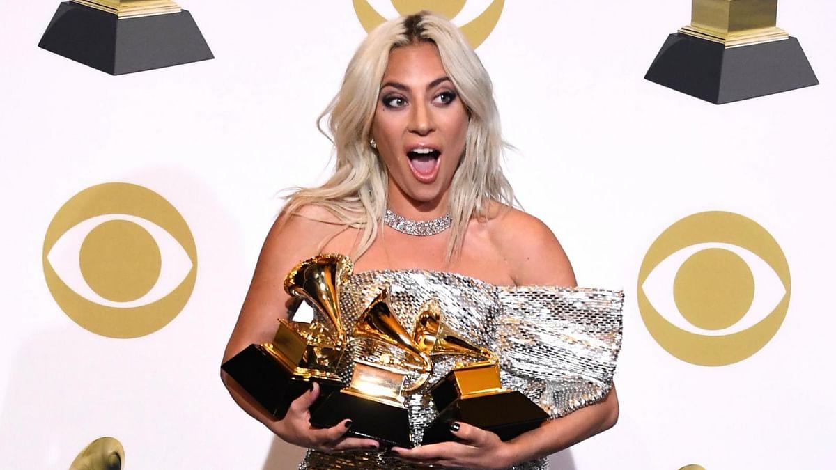 लेडी गागा ने जीता ग्रैमी अवार्ड