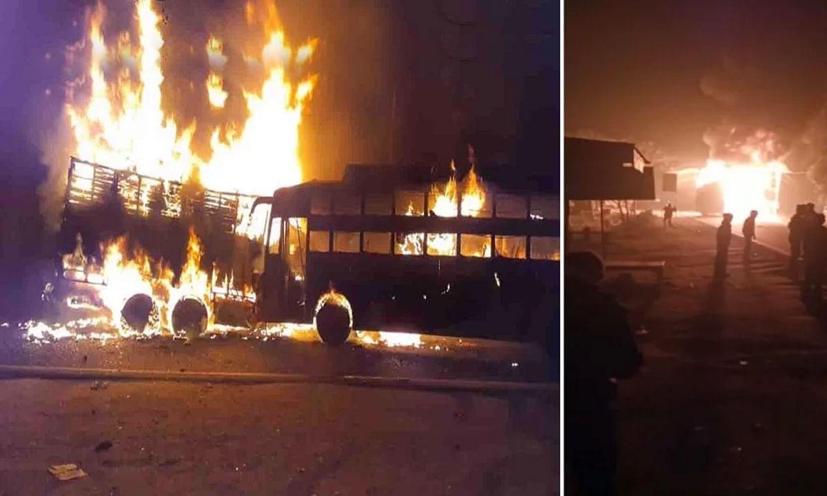 कन्नौज: ट्रक-बस की जबरदस्त भिड़ंत, फटा डीजल टैंक