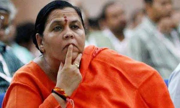 उमा भारती ने गाँधी परिवार पर साधा निशाना