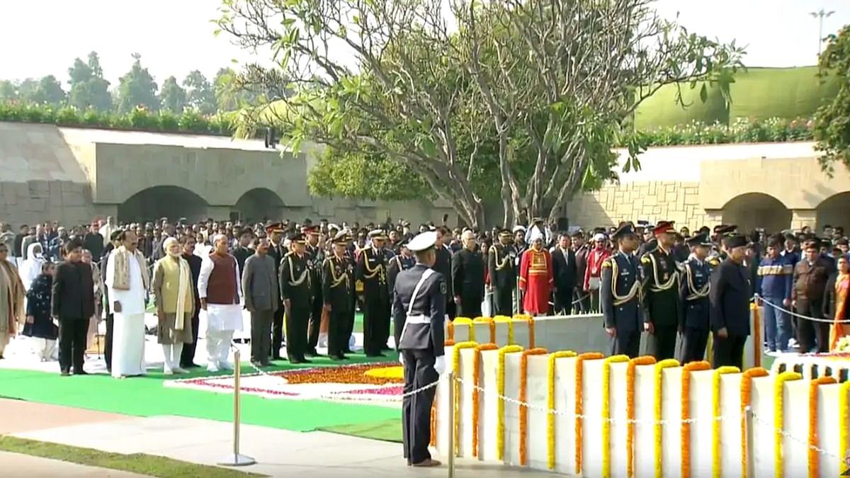 Tribute to Mahatma Gandhi at Raj Ghat