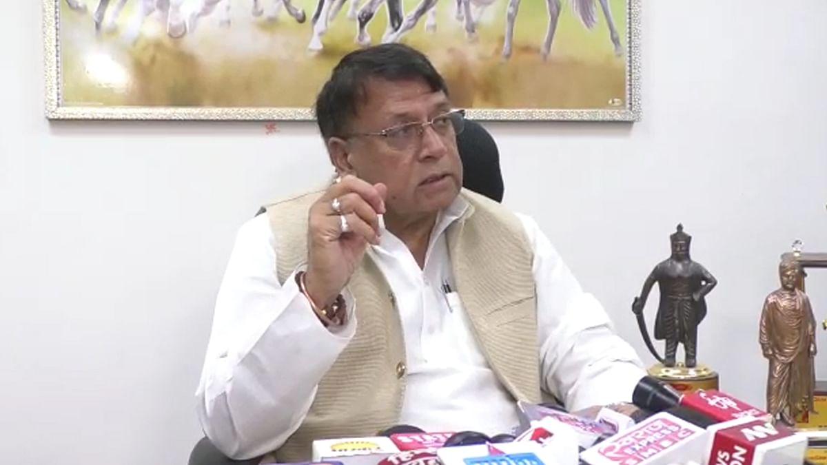 जनसंपर्क मंत्री पीसी शर्मा