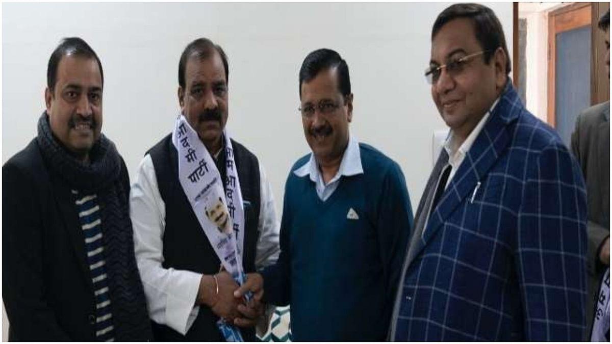 """दिल्ली चुनाव: दिल्ली यूथ कांग्रेस के पूर्व अध्यक्ष """"AAP"""" में शामिल"""