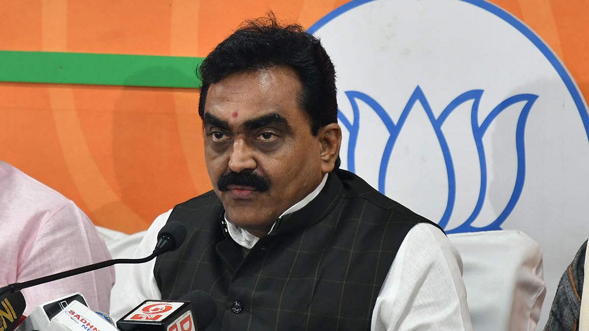 भाजपा प्रदेशाध्यक्ष और सांसद राकेश सिंह