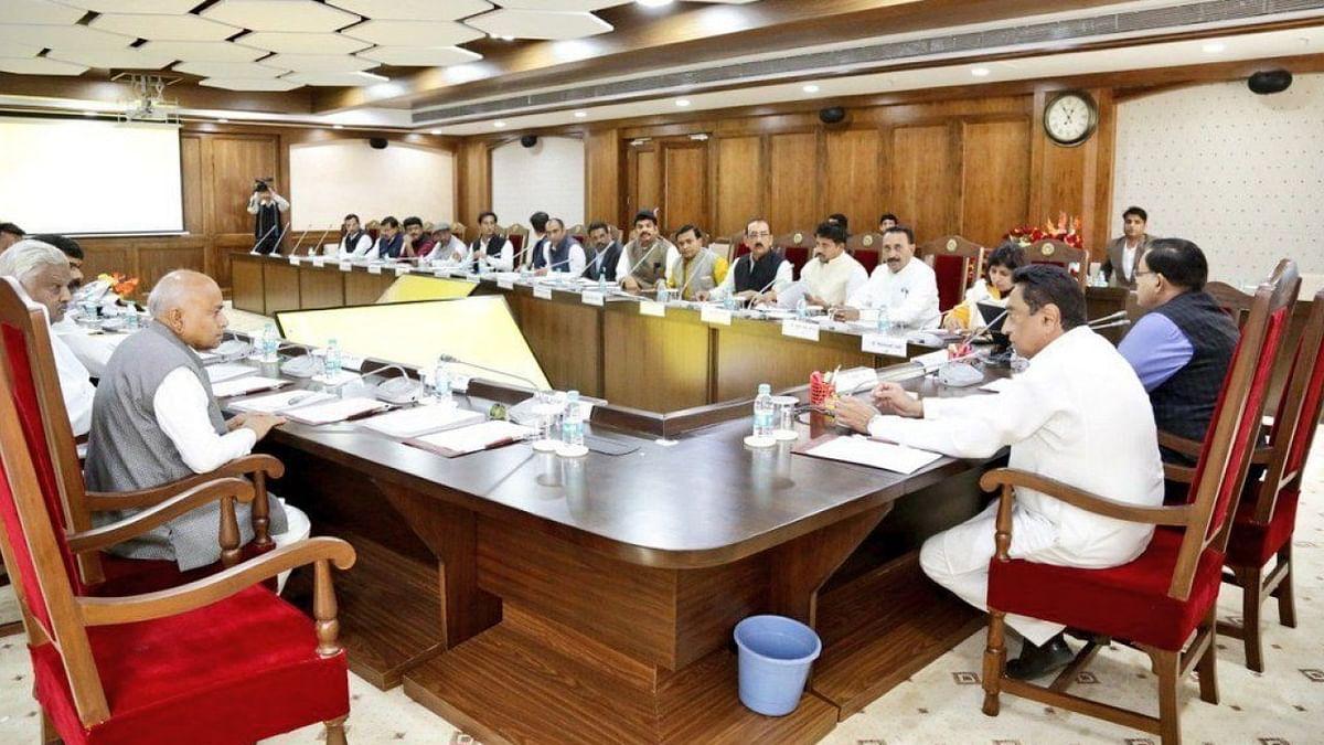 कैबिनेट बैठक में मुख्यमंत्री ने दी स्वास्थ्य बीमा की सौगात