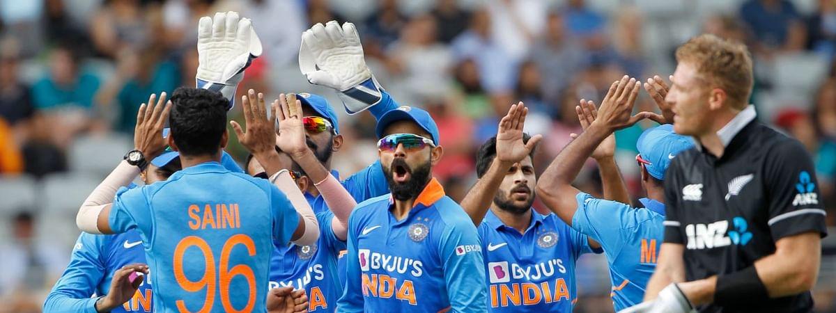 INDVSNZ: भारत की सीरीज में वापसी मुश्किल, करना होगा 273 पार