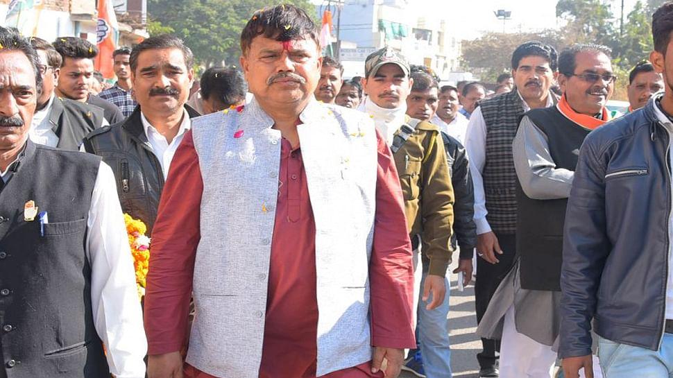सिंधिया के साथ पूरी कांग्रेस सड़क पर उतरेगी: मंत्री तोमर