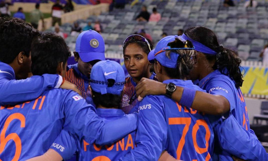 भारतीय महिला क्रिकेट टीम का इंग्लैंड दौरा स्थगित, ECB का फैसला