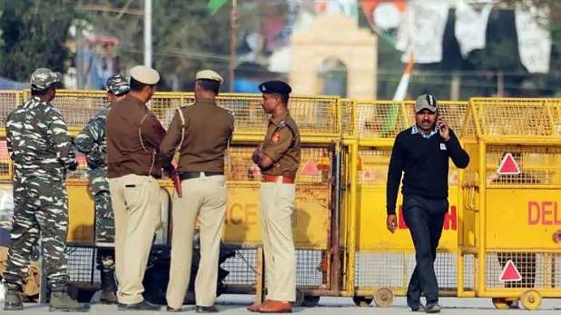 शाहीन बाग में भारी संख्या में पुलिस बल तैनात, धारा 144 लागू
