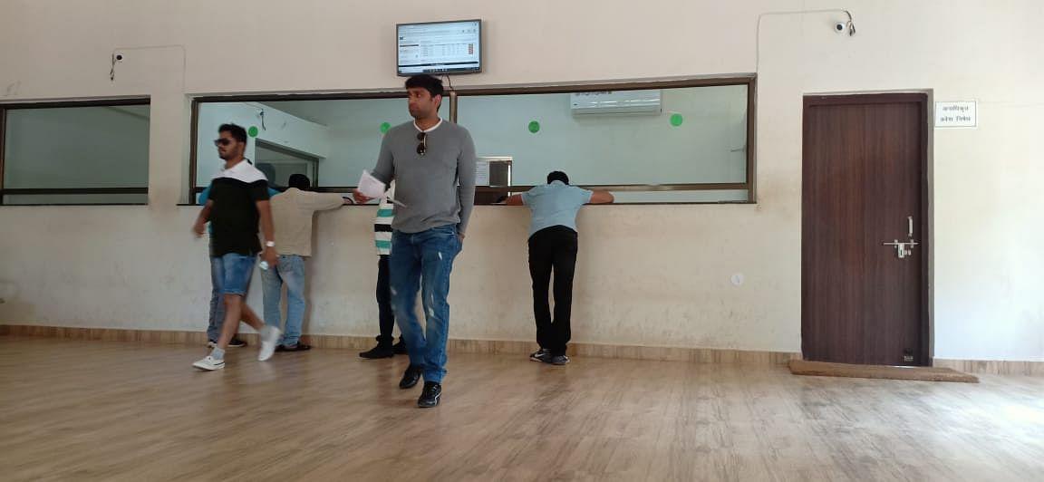 बांधवगढ़ में टिकटों की कालाबाजारी