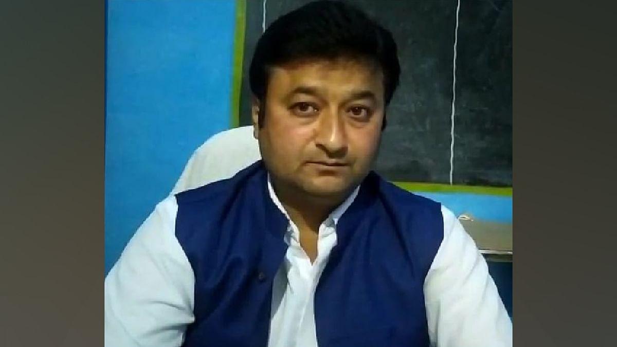 जिला शिक्षा अधिकारी के द्वारा बीआरसी को अपशब्द