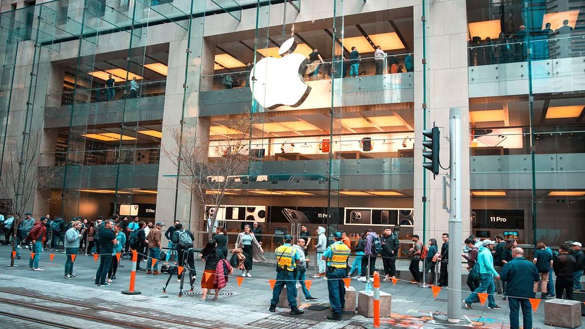 कोरोना के चलते Apple हुई अपने 50 से ज्यादा स्टोर बंद करने को मजबूर