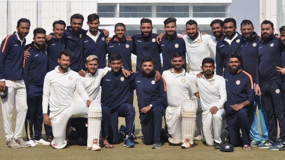 सौराष्ट्र पहली दफा बना रणजी ट्रॉफी चैंपियन, फाइनल में बंगाल की हार