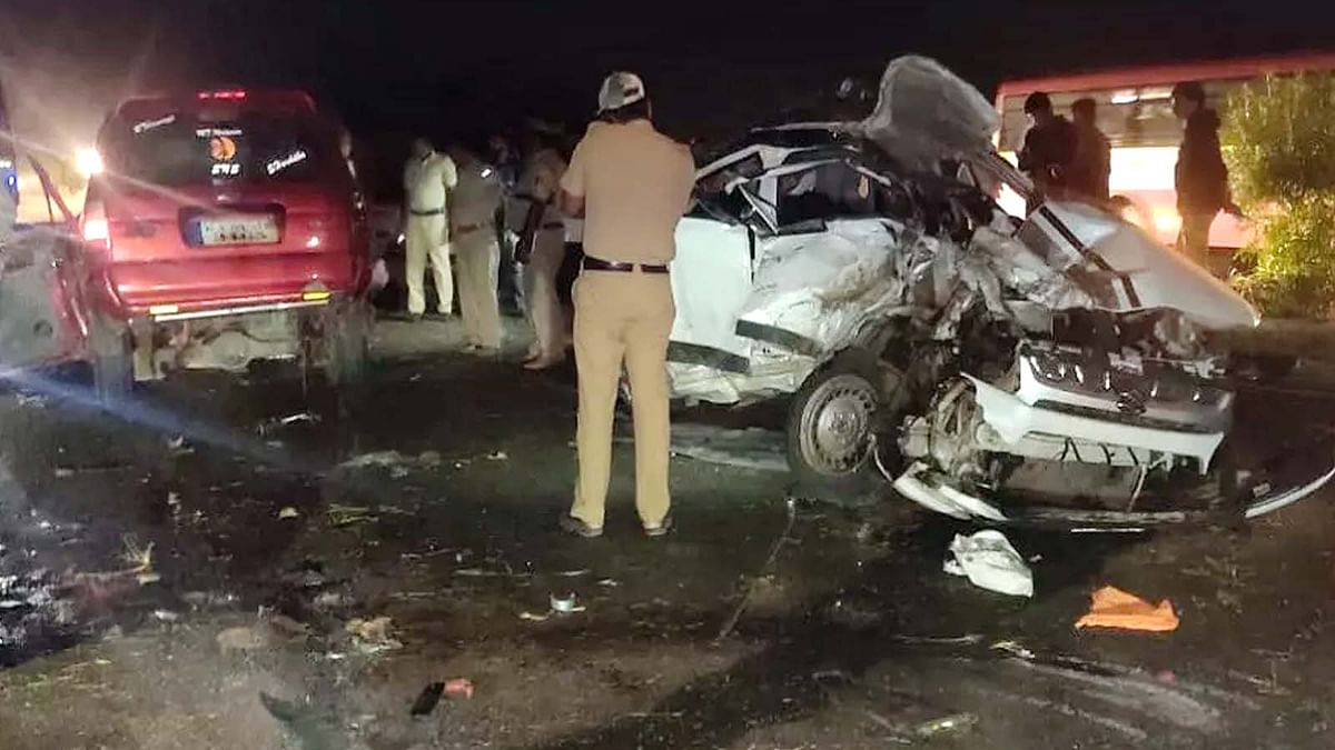 Karnataka Car Road Accident