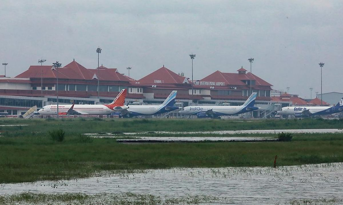कोरोना वायरस के कारण रोकी गई कोच्चि एयरपोर्ट पर दुबई की फ्लाइट
