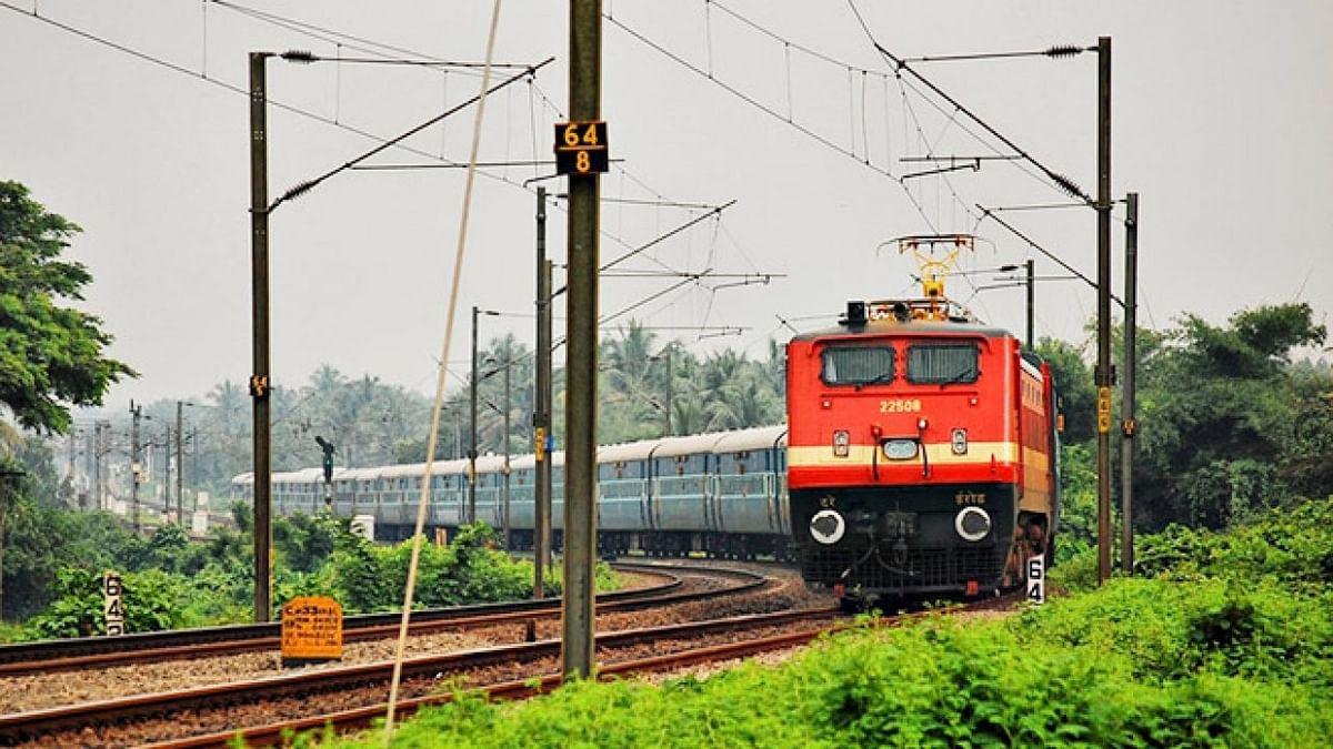 31 मार्च तक नही चलेगीं पैसेंजर ट्रेन, क्या भारत होगा लॉक डाउन ?