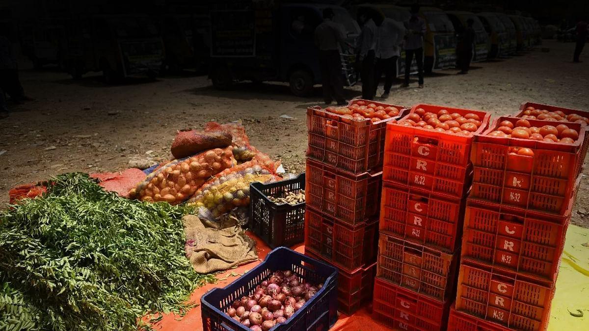 इंदौर : दशहरे पर भजिया हुआ महंगा