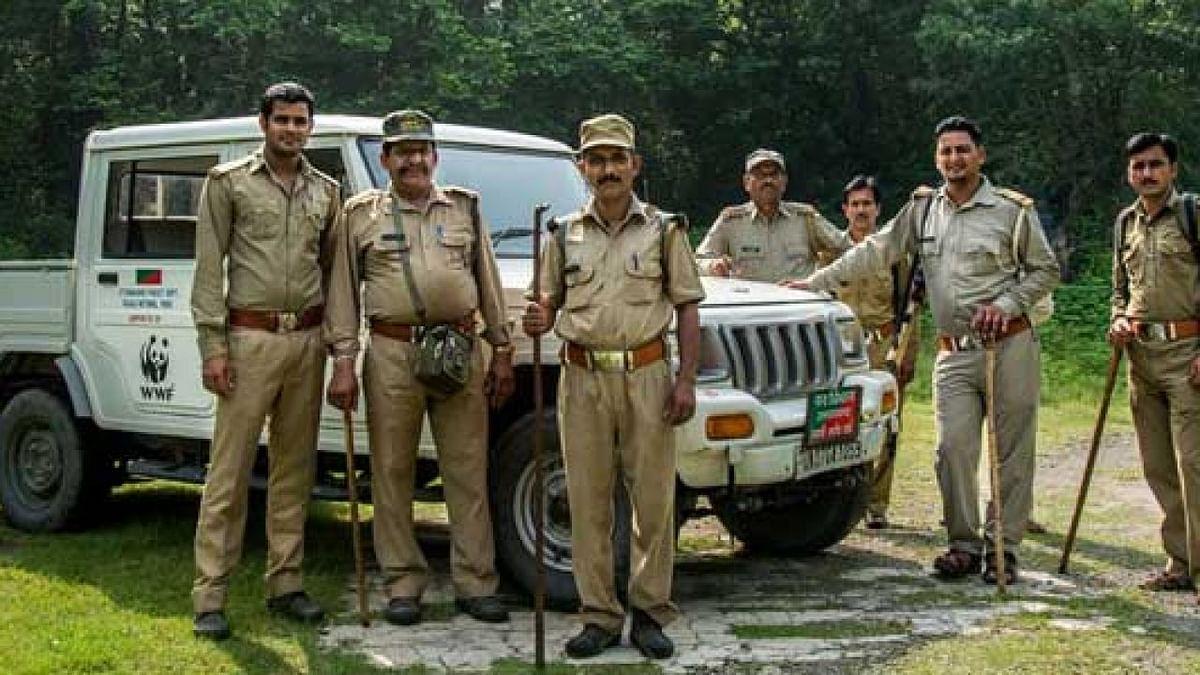 मध्य प्रदेश में कोरोना वायरस से बचाव के अभियान में वनकर्मी भी जुटे