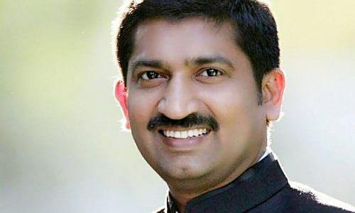 मीडिया भ्रामक जानकारी का प्रसार करने से बचे : पी. नरहरि
