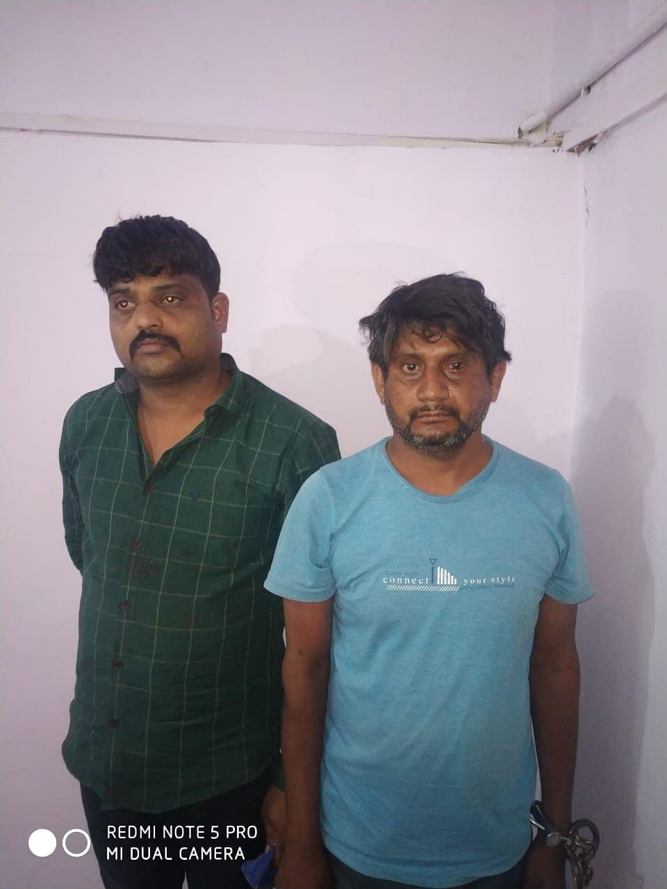 बाज नहीं आ रहे इंदौर वासी,अवैध शराब के साथ तस्कर गिरफ्तार
