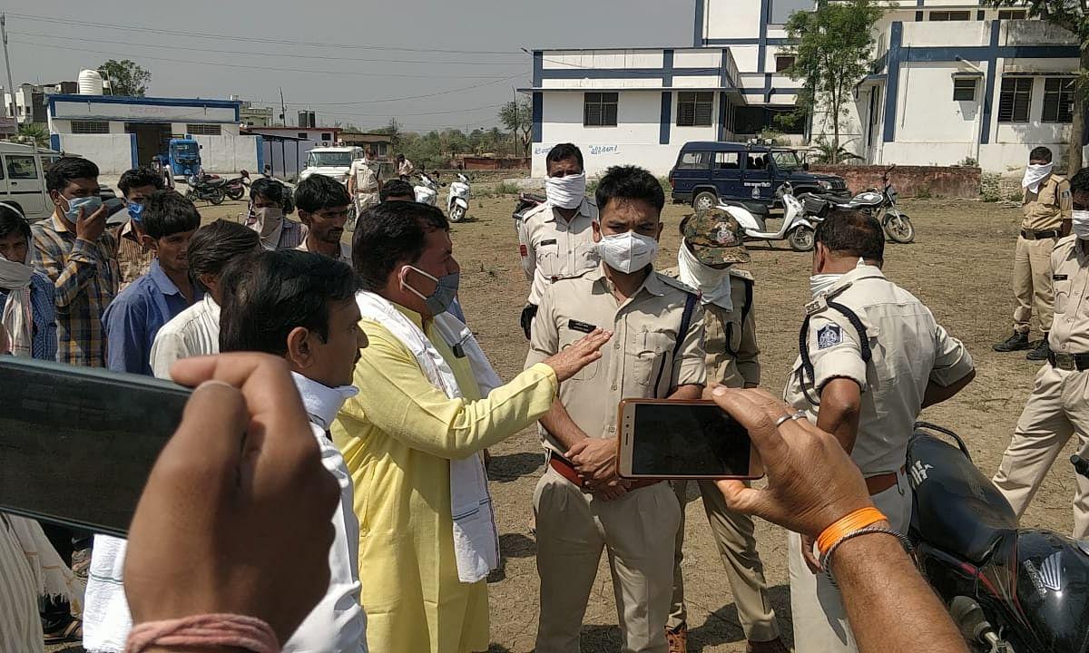 पुलिस की दबंगई से परेशान युवक ने की आत्महत्या