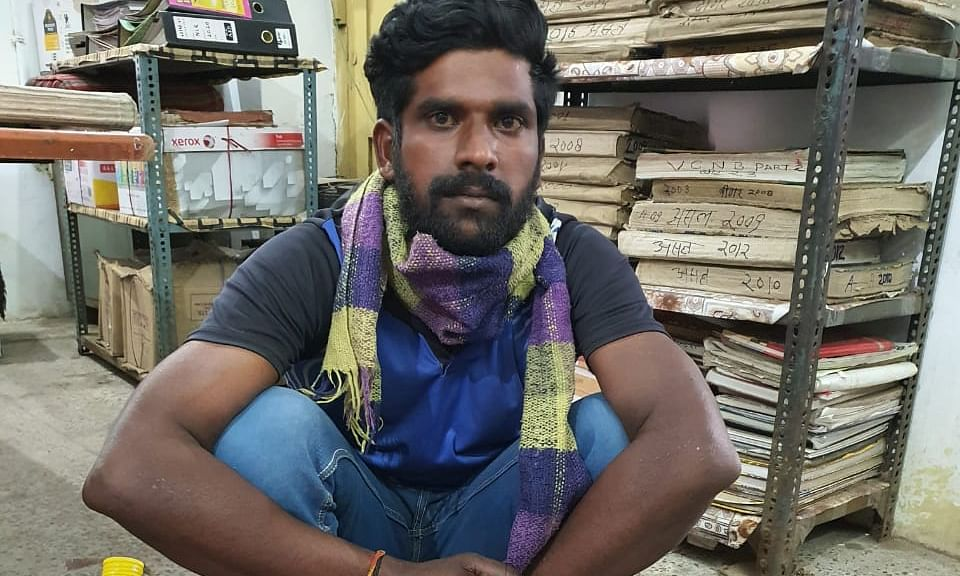 लॉक डाउन के दौरान अवैध शराब की तस्करी, युवक गिरफ्तार