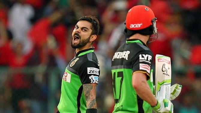 कोरोना से जंग में कोहली और डिविलियर्स करेंगे IPL के बल्ले नीलाम