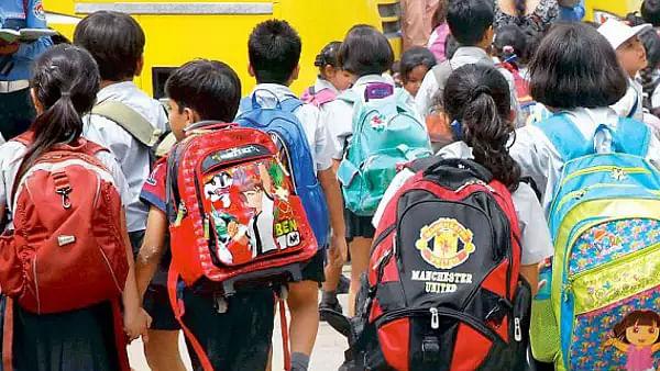 दिल्ली: केजरीवाल सरकार का प्राइवेट स्कूल की फीस को लेकर अहम् फैसला