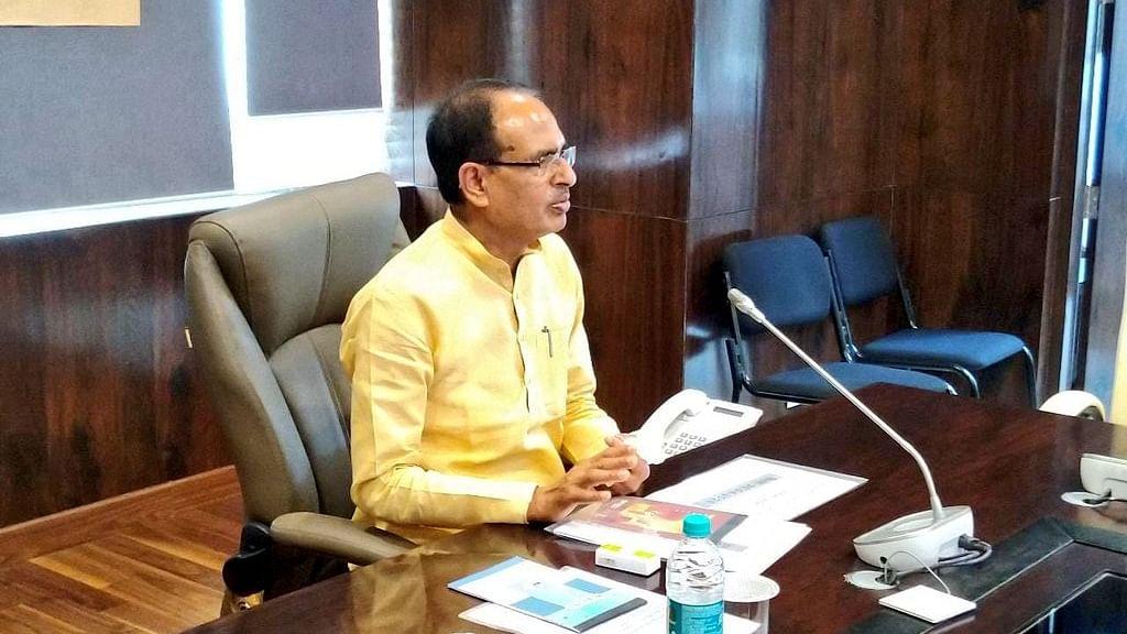 CM चौहान ने पत्रकारों के लिए लिया बड़ा फैसला, दिया फ्रंटलाइन वर्कर का दर्जा
