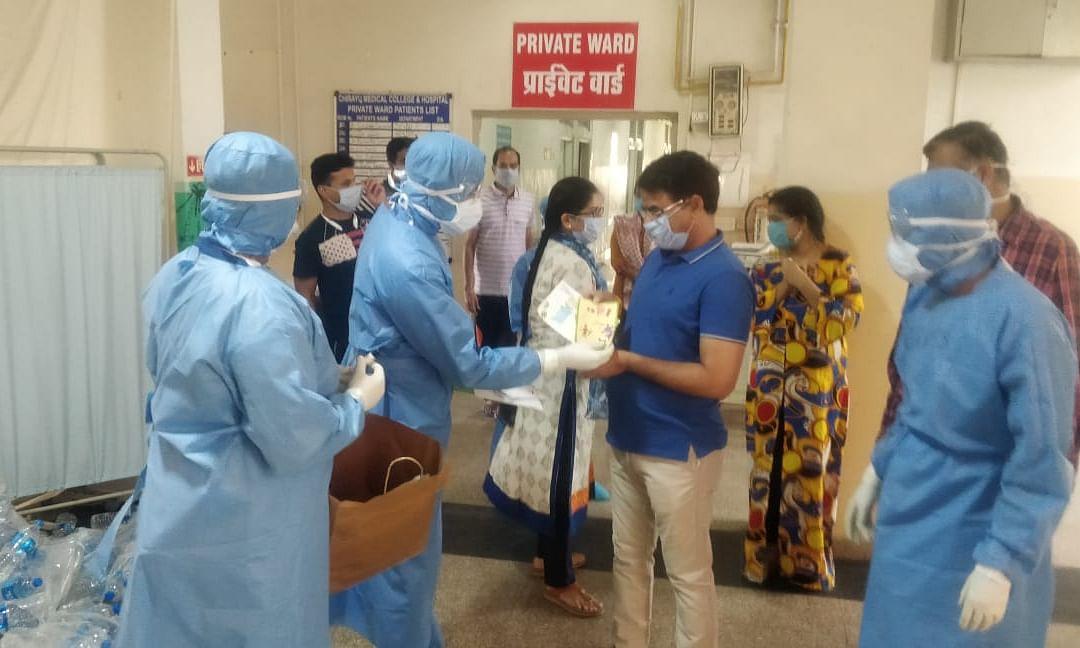 भारत में तेजी से पैर पसार रहा कोरोना-मरीजों की तादाद में इजाफा