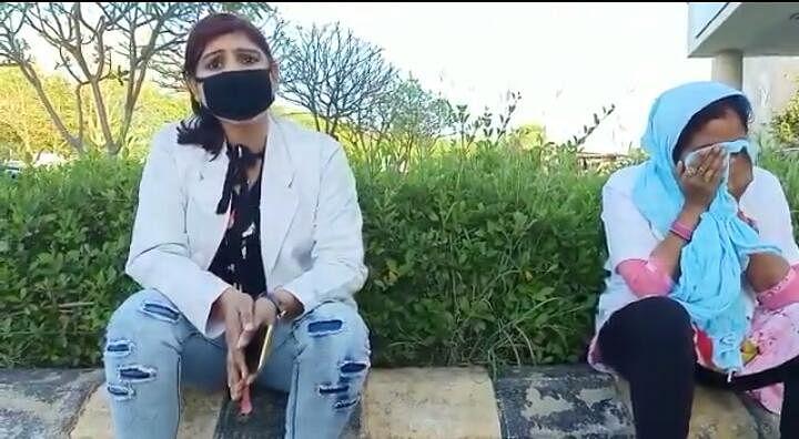 आइसोलेशन में तैनात मेडिकल-स्टाफ छात्रा को हाथ-पैर तुड़वाने की धमकी