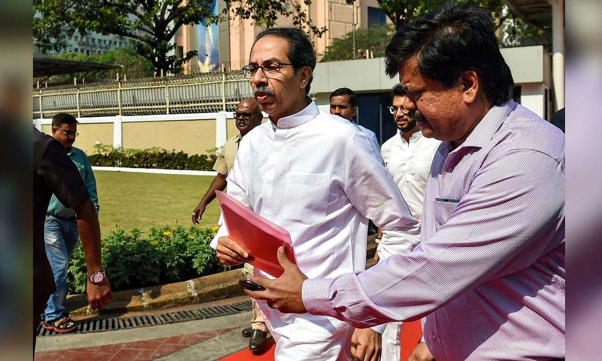 महाराष्ट्र: सियासी उथल-पुथल तेज, CM ठाकरे की गठबंधन दलों के साथ बैठक
