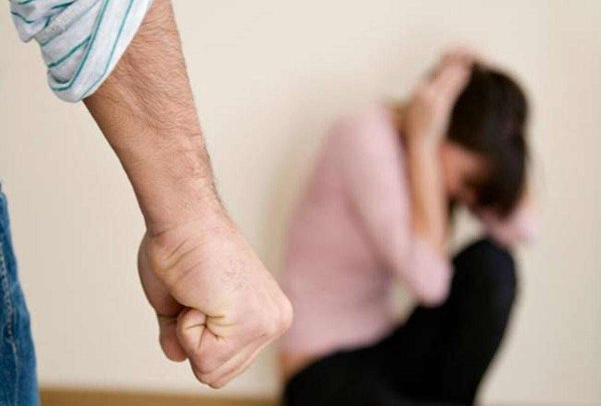लॉकडाउन में बढ़ रही घरेलू हिंसा, ट्विटर पर चलाया जायेगा विरोध अभियान