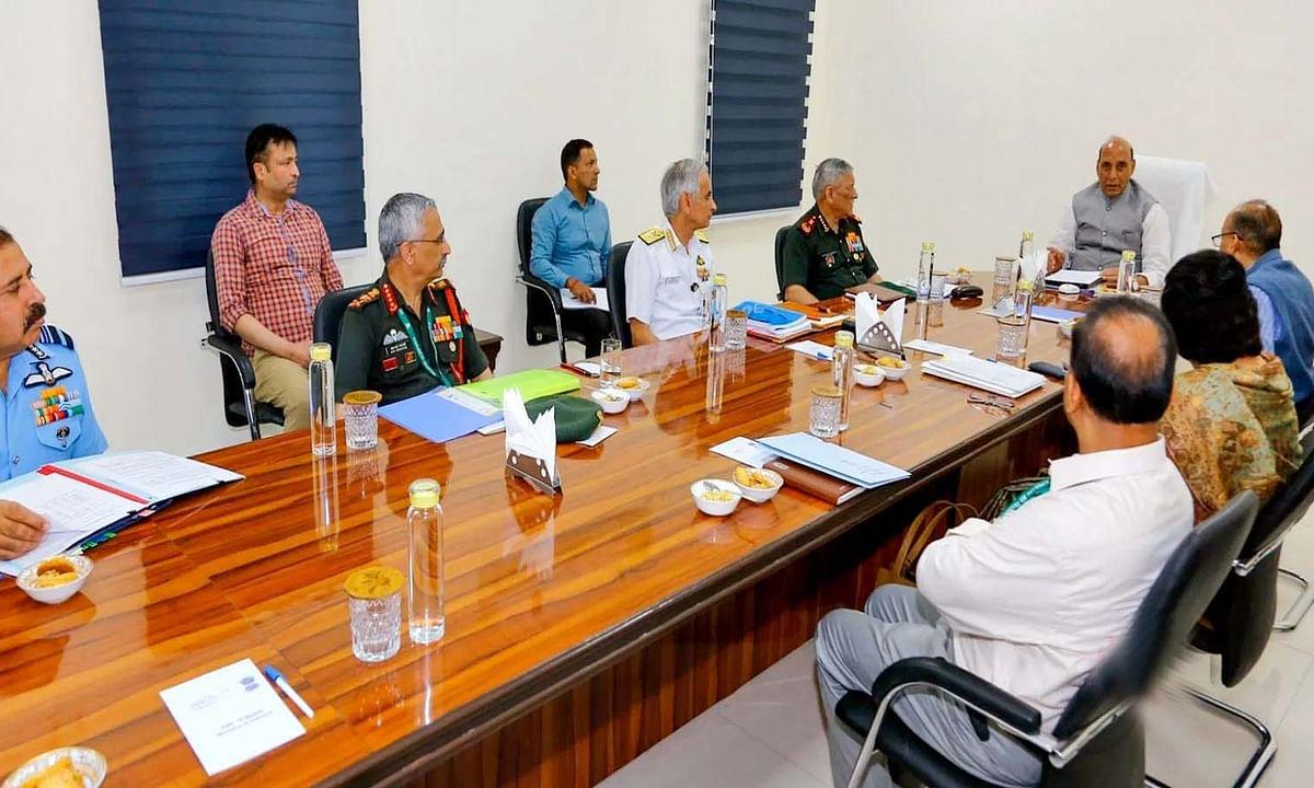 भारत-चीन के लद्दाख मुद्दे व LAC हालातों पर PMO में हाई लेवल मीटिंग
