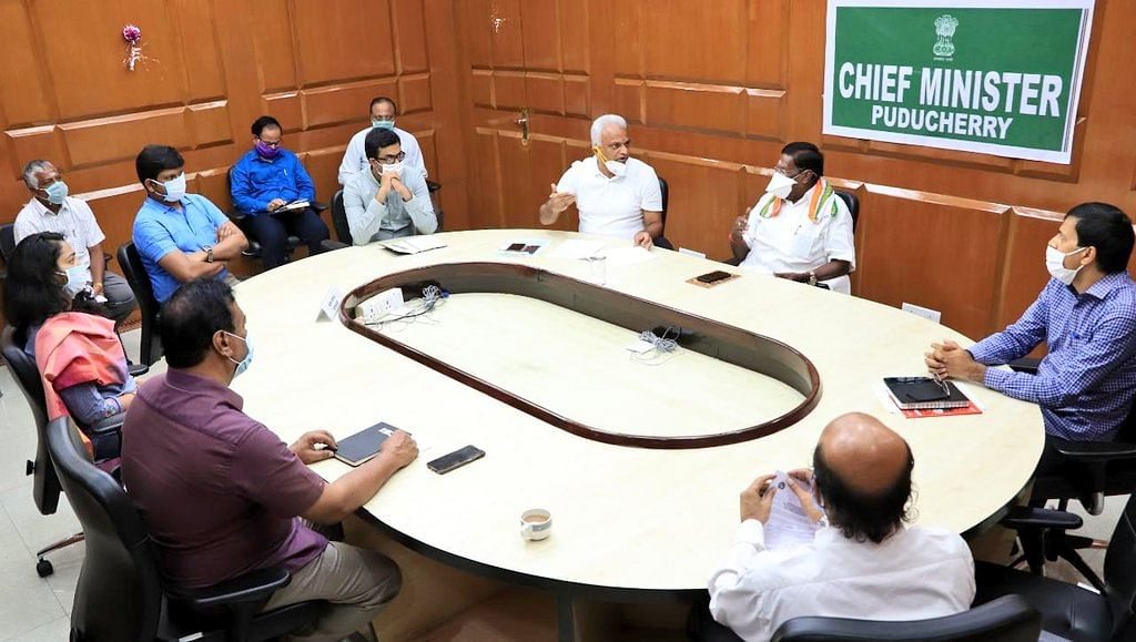पुदुचेरी के मुख्यमंत्री ने प्रधानमंत्री मोदी से मांगी सहायता